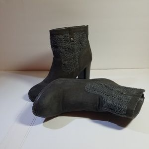 Juicy Couture gray sweater booties